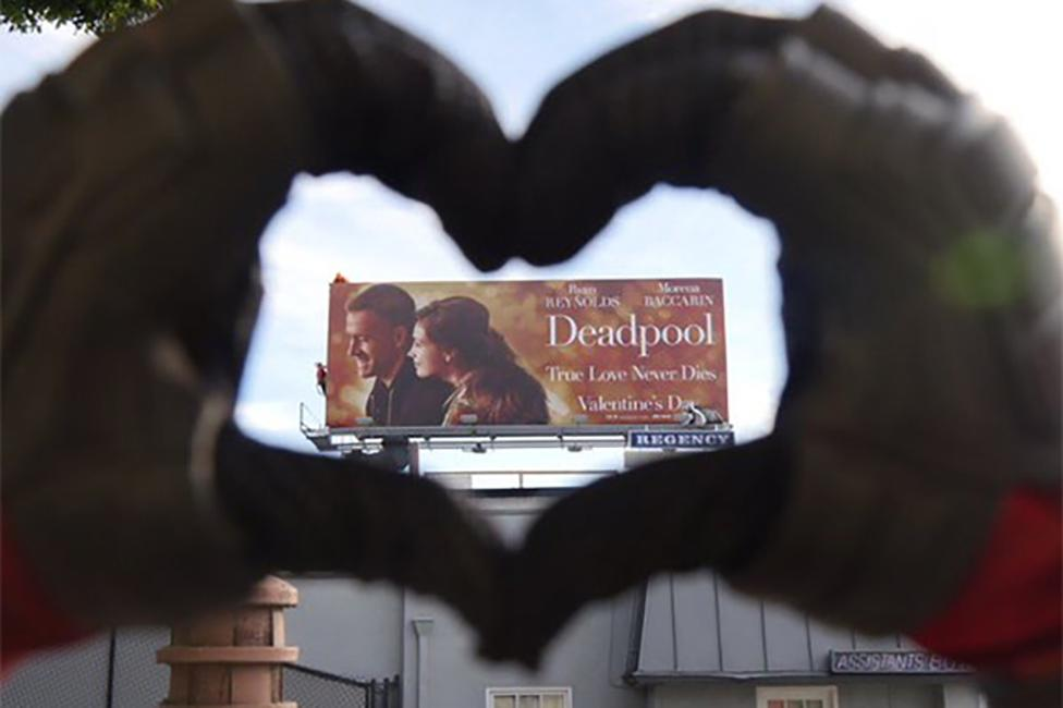 deadpool-rom-com-ryan-reynolds_976x0